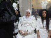 شاهد : عائلة مدرب أسود مصري ترتدي الأبيض في عزائه .. وتكشف سبب الظهور الغريب !