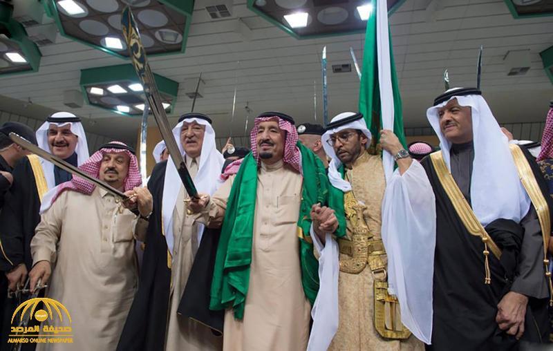 شاهد …  لماذا يتفاعل الملك سلمان  دائما مع العرضة السعودية؟… فهد السماري يجيب!