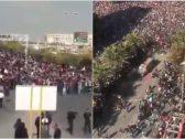 """شاهد: مظاهرات غير مسبوقة تزلزل الأرض تحت أقدام """"آية الله"""" في إيران.. واشتباكات عنيفة مع قوات الأمن!"""