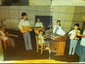 """شاهد صور وفيديو نادر  لـ""""تعليم  الموسيقى""""  في إحدى مدارس السعودية قبل 60 عاماً !"""
