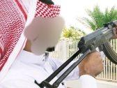 شيخ من الأسرة الحاكمة في الكويت يقتحم مكتب وكيل وزارة التعليم ويهدّد بقتله برشّاش بسبب زوجته !