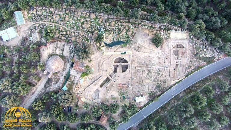 """العثور على مقابر ملكية مليئة بالكنوز """"تحميها"""" آلهة مصرية!"""