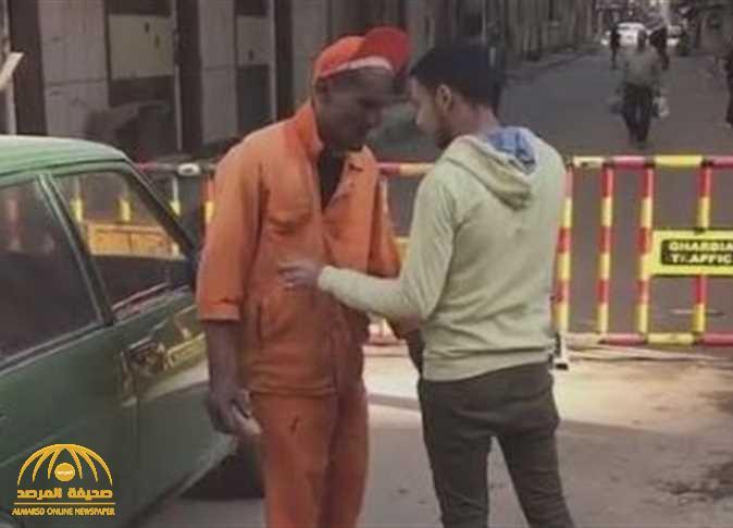 تفاصيل جديدة تكشف مفاجآت في واقعة صفع شبان لعامل النظافة في مصر : عمره 32 ومسجل خطر!