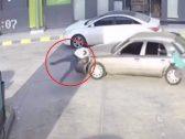 شاهد ..سائق يدهس شخص عند محطة وقود أثناء هروبه من دفع قيمة البنزين في الدمام