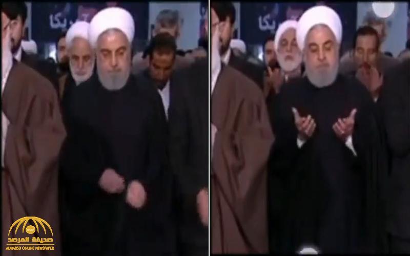 شاهد .. رعشة غريبة تظهر على روحاني وهو يقف خلف خامنئي في الصلاة !