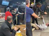 شاهد … ردة فعل صادمة لرجل يتناول وجبته داخل مطعم كباب وسط مشاجرة عنيفة!