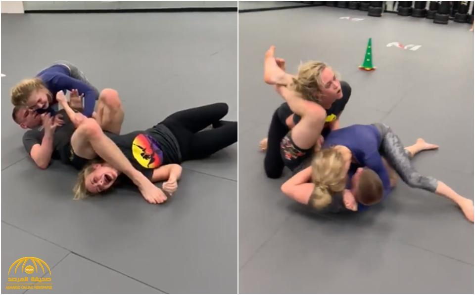 فيديو: لاعب فنون قتالية أمريكي يصارع امرأتين معاً.. شاهد: من المنتصر في النهاية؟