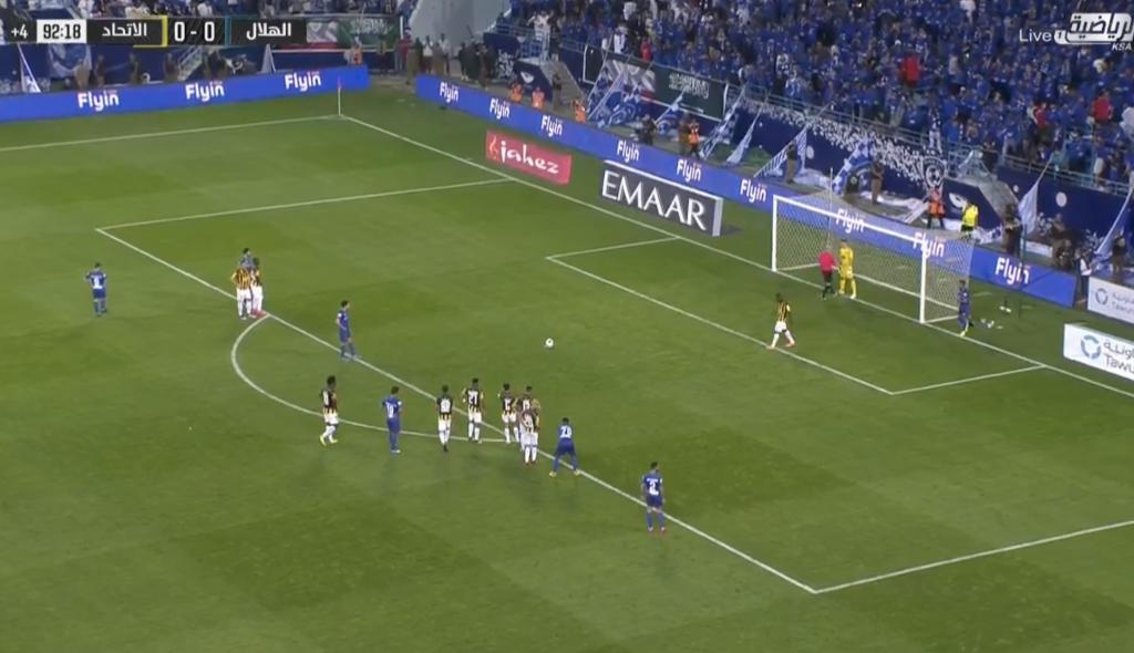 بالفيديو: الهلال يخطف ثلاث نقاط أمام الاتحاد بركلة جزاء.. ويواصل تصدره جدول الترتيب!