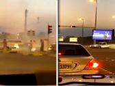 شاهد.. سائق يحول إشارة مرورية إلى ساحة للتفحيط بالكويت