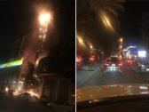 شاهد..لحظة اندلاع النيران في أحد الأبراج على طريق الملك فهد بالرياض