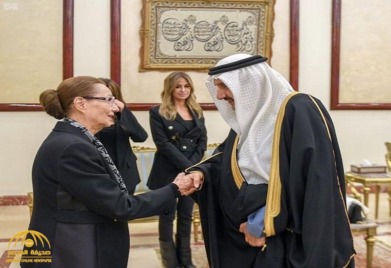 """نيابة عن خادم الحرمين وولي العهد .. بالصور : الأمير منصور بن متعب يعزي أسرة """"مبارك"""""""