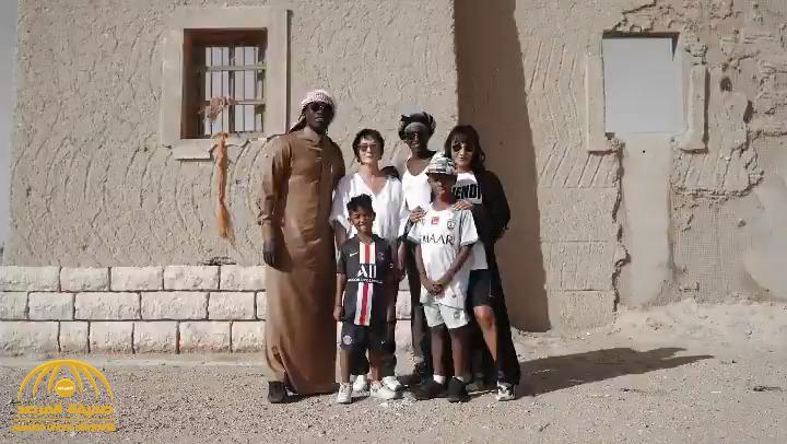 بعد أنباء رحيله عن الهلال شاهد غوميز في نزهة برية مع عائلته