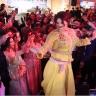 """شاهد.. وصلة رقص لمغربية  """"متحولة جنسيا"""" تثير حالة من الجدل"""