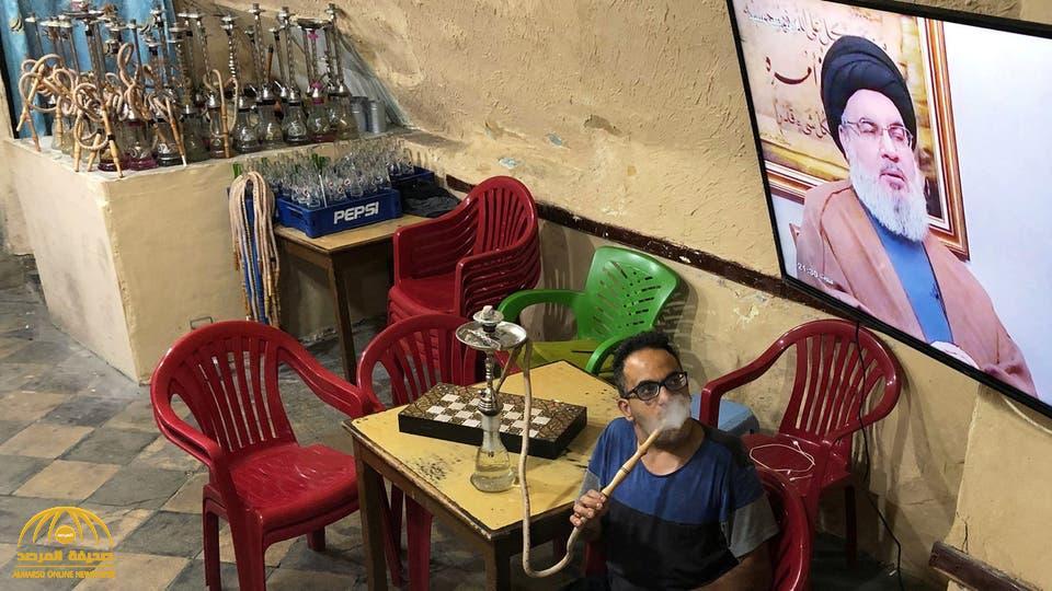 بالتزامن مع دعوة والده لمقاطعة أمريكا.. قميص نجل حسن نصر الله يثير جدلا في لبنان  !