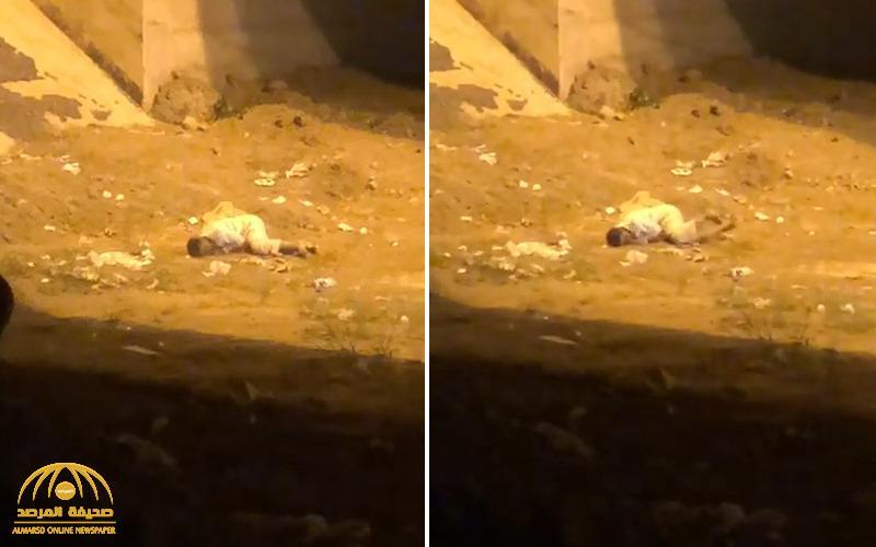 """شاهد : فيديو لمواطن يتألم على الأرض وتداول أنباء عن إصابته ب """"كورونا"""" .. وصحة جازان تكشف حقيقة ما حدث !"""
