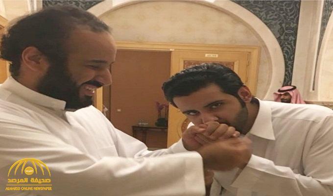 شاهد .. صورة لولي العهد وابن عمه الأمير سعود بن عبد الرحمن تشعل مواقع التواصل