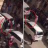 شاهد : رجل أمن كويتي يطلق النار لتفريق عمالة مصرية بعد اعتدائهم على مندوب شركتهم!