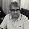 شاهد.. منصور النقيدان يكشف عن جدوله اليومي مع أزمة كورونا.. ويشرح طريقة صلاته الغريبة !