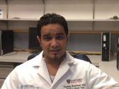 """أصيب بـ """"كورونا"""" ثم عاد لخدمة المرضى.. شاهد: طبيب سعودي يروي قصة إصابته بالعدوى أثناء عمله بالمستشفى"""