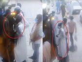 """في نهار رمضان .. شاهد: لصّ يسرق محفظة شخص في لمح البصر باستخدام """"مشرط"""" بحي البطحاء"""