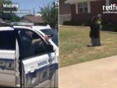 شاهد: رجال شرطة أمريكيون يصوبون أسلحتهم تجاه شابً أسود ويسقطون جدته المسنة أرضًا