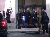 الشرطة الأمريكية تتلقى بلاغاً عن شخص اقتحم بنك .. وبعد حضورها وكشف هويته كانت المفاجأة !