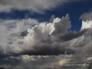 """""""سحب رعدية ورياح مثيرة للأتربة"""".. الأرصاد تكشف تفاصيل حالة الطقس المتوقعة اليوم"""