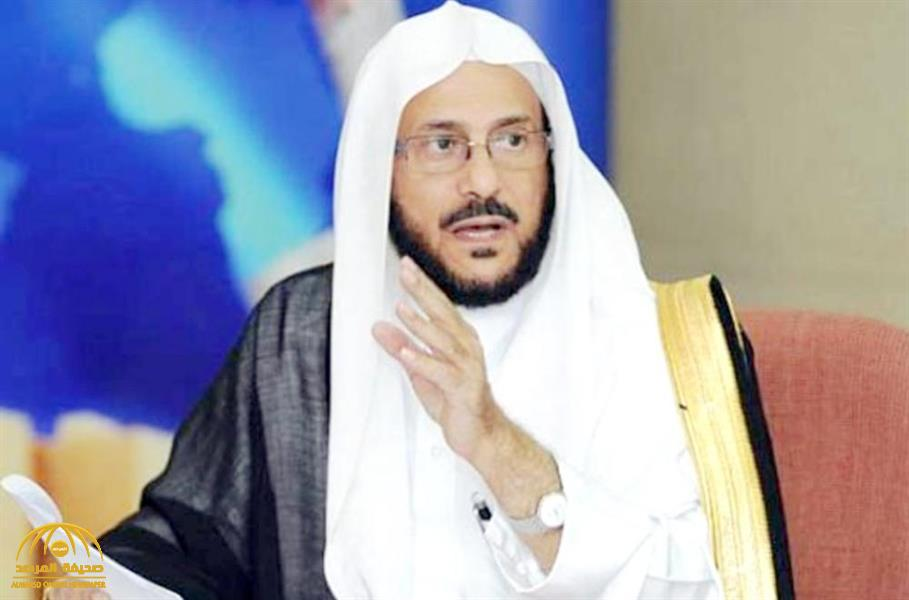 """""""وزير الشؤون الإسلامية"""" يرد على من يخشى أن يتضرر أو يضر غيره بالمرض أثناء صلاة الجماعة"""