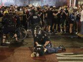 شاهد : شرطة نيويورك تجبر المتظاهرين على مغادرة الشوارع وتعتقل عدد كبير منهم