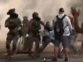 شاهد .. لحظة اعتداء شرطي أمريكي على أحد المحاربين القدامى في بورتلاند