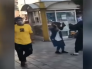 فيديو.. فتاة إيرانية ترقص في شارع عام في إيران !