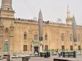 السلطات المصرية تغلق مسجد الحسين في القاهرة بسبب مقطع فيديو !