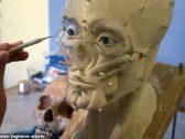 شاهد :علماء أثار يعيدون ترميم وجه إنسان عاش قبل 500 عام  ويكتشفون معلومات عنه