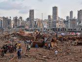 """""""شيء غير معقول"""".. شاهد : لقطات علوية تظهر حجم الدمار الهائل الذي خلفه انفجار بيروت وحولها إلى مدينة منكوبة"""