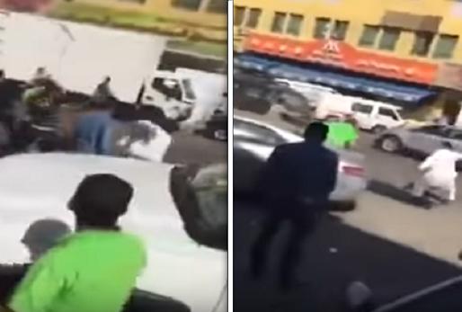 """فيديو..  مصريون يعتدون على """"كويتي """" بالضرب في شارع عام بالكويت  !"""
