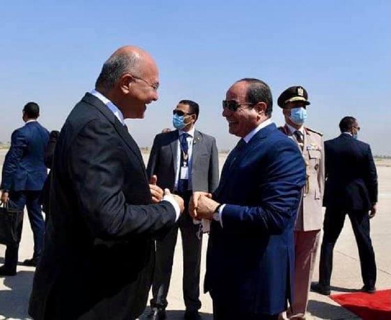 شاهد.. السيسي يصل بغداد في أول زيارة لرئيس مصري للعراق منذ 30 عاماً • صحيفة المرصد